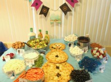 Disney-Frozen-Party-Food-table